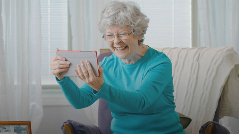 Comfort Keepers integrates grandPad tablet for Seniors as part of their Interactive Care
