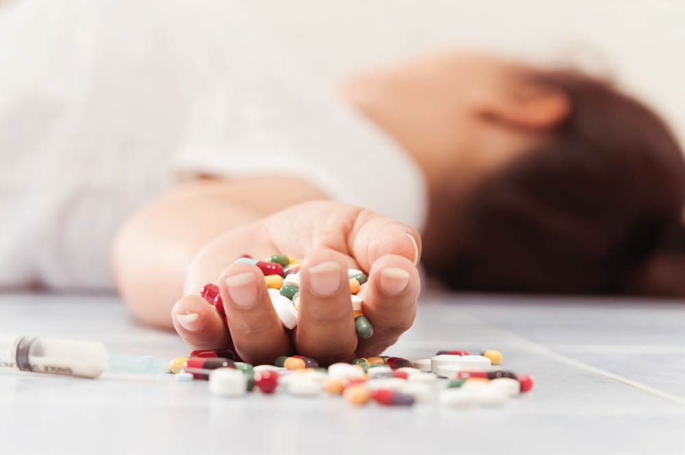 A young woman overdosed on drugs
