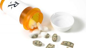 Graphic: Pharmacists for patients' pocketbooks to save money