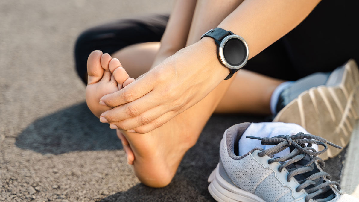 Stress Fracture Pain. In the beginning you may barely notice stress fracture pain.